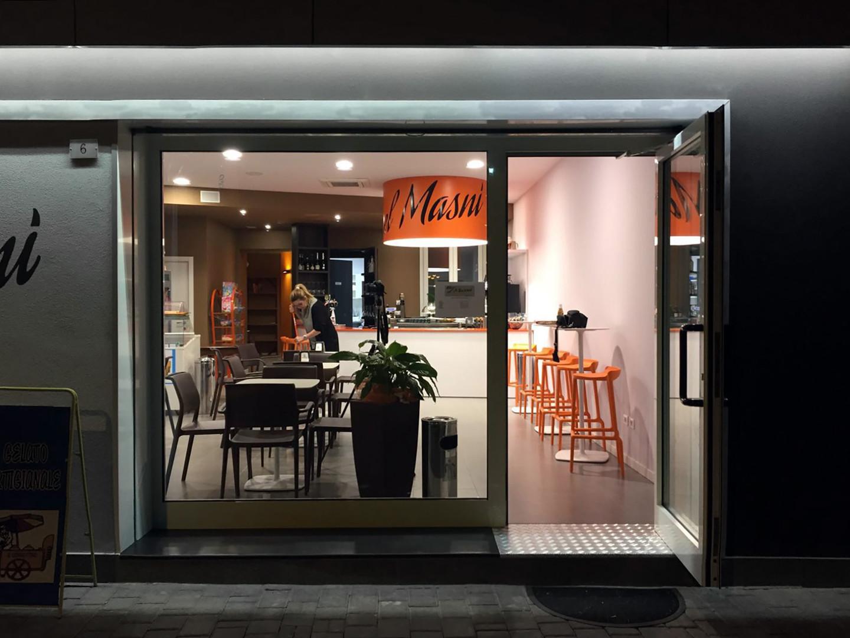 16-ALFIANELLO-case-history-bar-notte.jpe