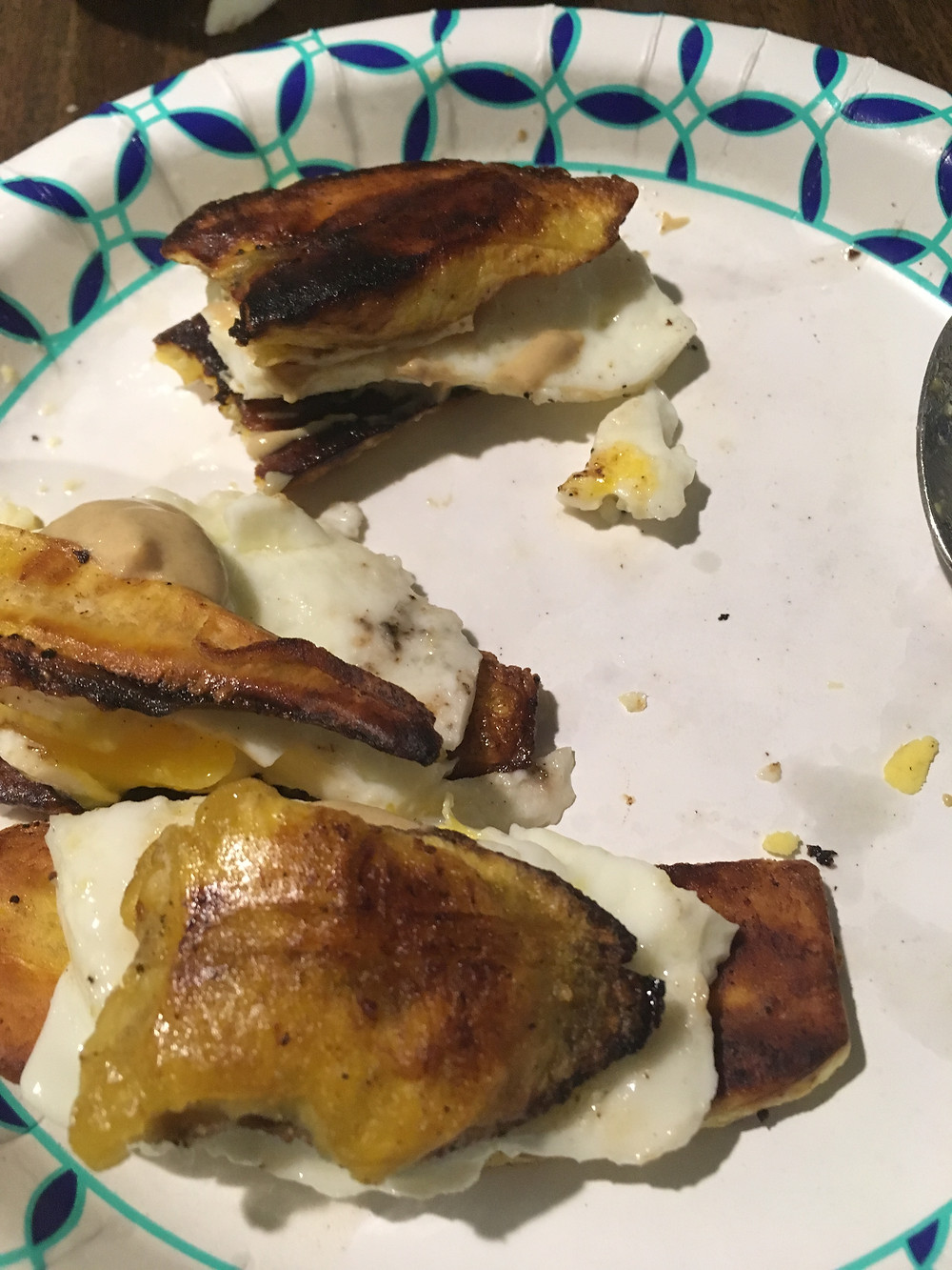 Delicious paleo breakfast sandwich Egg plantain, Mcplantain whole30 breeakfast