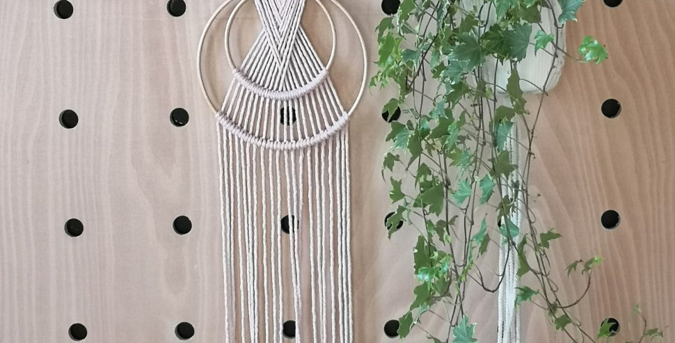 "9""  Pale Pink rope wall hanging"