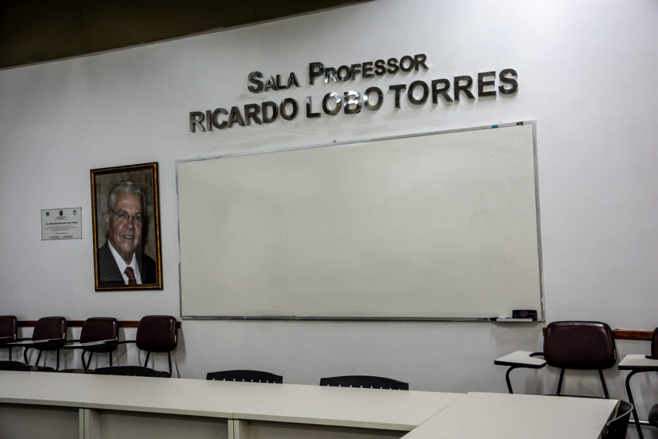 Sala Ricardo Lobo Torres