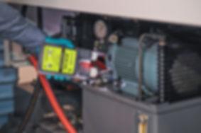 oilglo spectroline hydraulic leak
