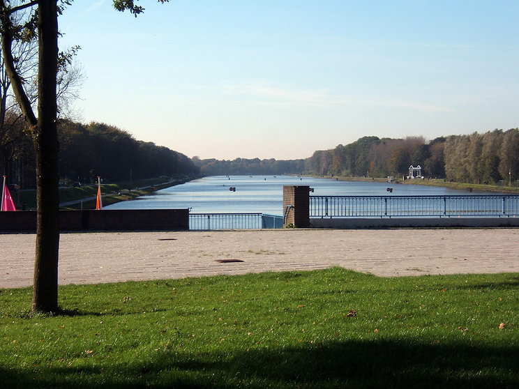 Bosbaan rowing course.jpg