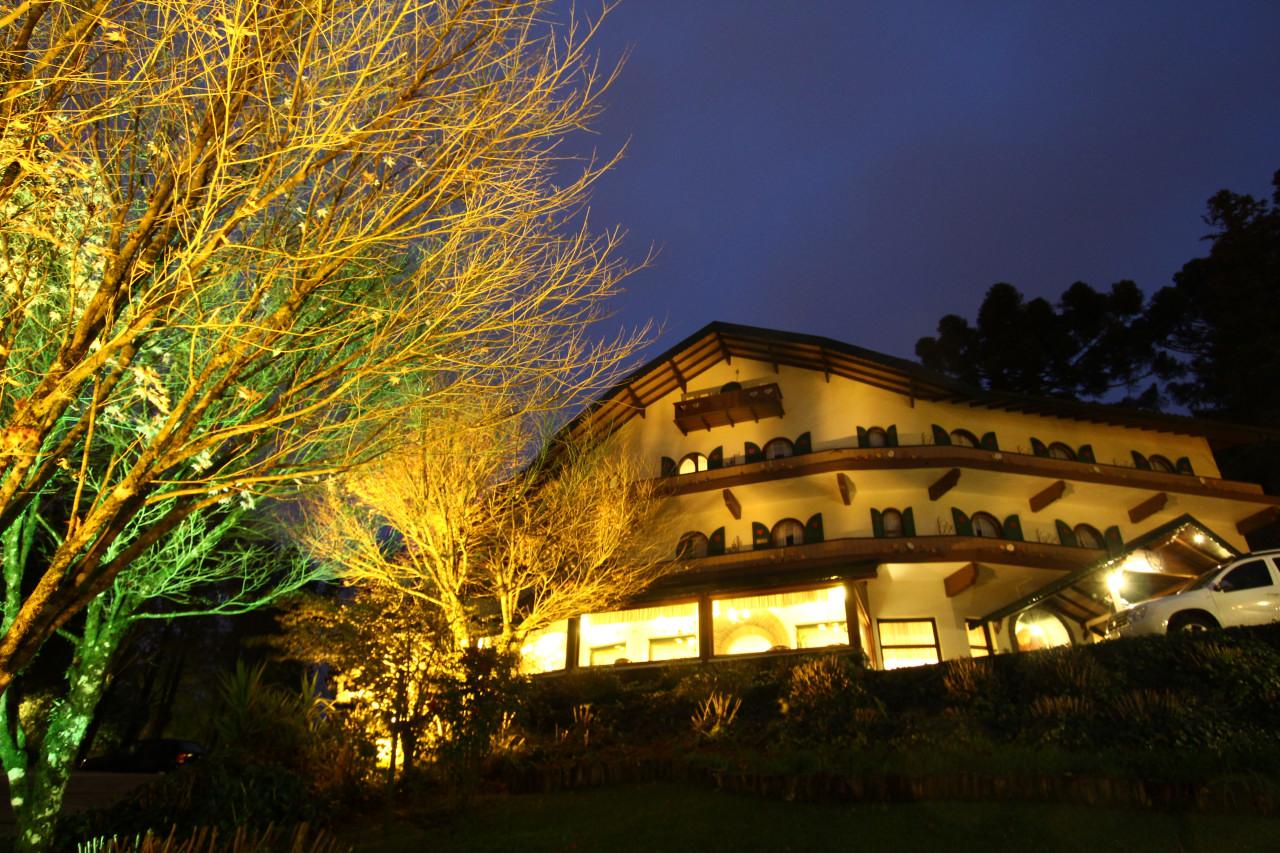 Noite em Gramado no Hotel Hortênsias