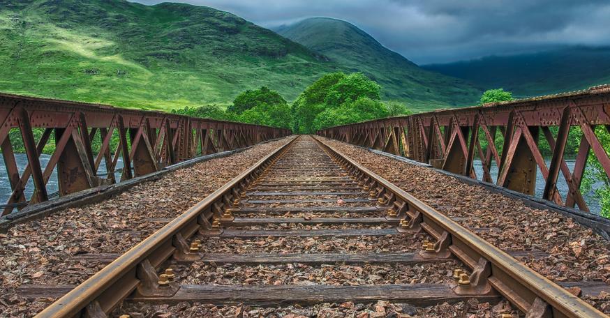 EE Tracks.png