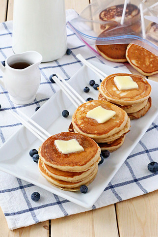 peanut butter pancakes | ziploc