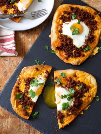 chorizo and egg naan | pints and plates