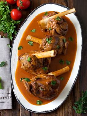 tomato-braised lamb shanks | pints and plates