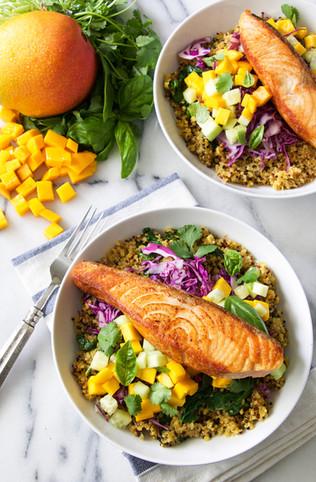 mango salmon quinoa bowls | national mango board