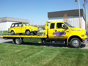 Auto Towing & Roadside Assistance Image