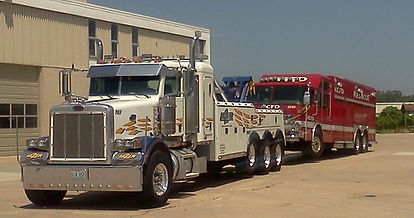 Medium & Heavy Towing Services Image