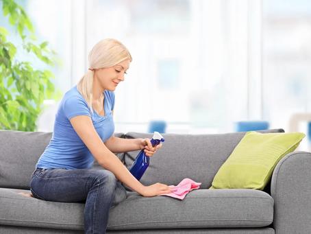 Como limpar seu sofá: truques para realizar a limpeza do seu estofado.