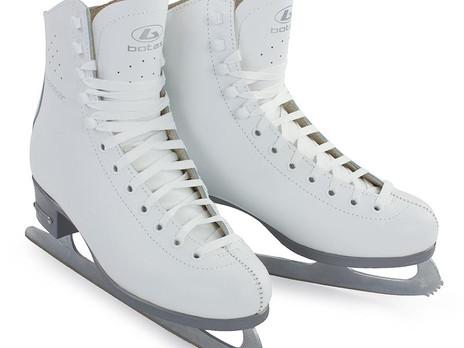 Выбираем обувь для активного времяпрепровождения: коньки и горнолыжные ботинки