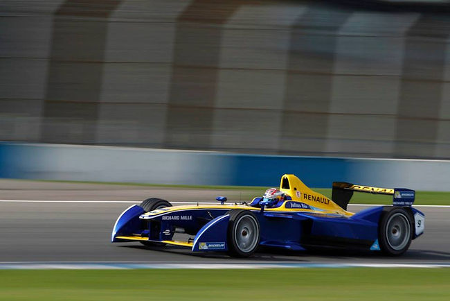 Sponsoring Formula E | One Networking Environment | Sponsoring consultant