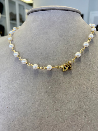 Initial pearl choker, personalized pearl choker, Swarovski pearls with cursive