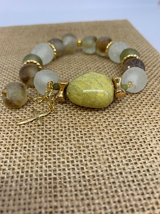 Bracelet with French glass, green Turquoise and gold One of a Kind