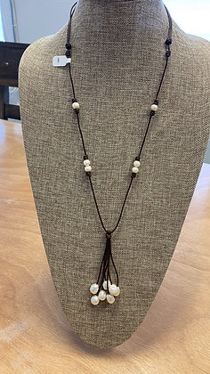 Boho chic leather necklace