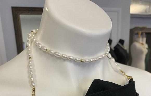 Freshwater Pearls mask holder, mask holder, pearl mask holder