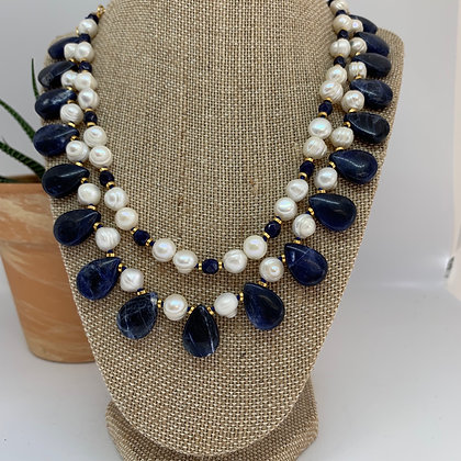 Gemstones and Pearls necklace