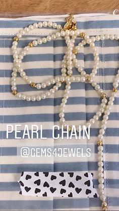 Mask chain holder, pearl mask chain holder