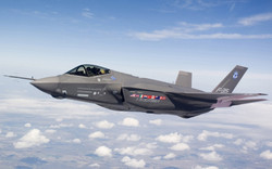 f-35-flying-wallpapers_12886_1280x800