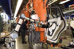 Automotive-Manufacturing-cobots.jpg