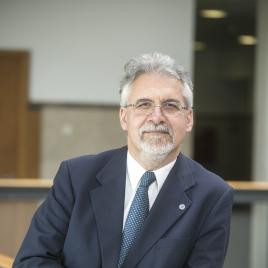Professor Profile: João César das Neves
