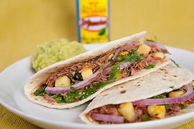 39-Tacos-de-pato-con-salsa-verde-El-Yuca