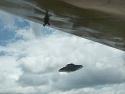 Image of UFO captured over the Antarctica 2012
