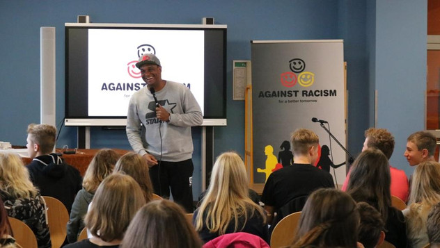 2schneidig - Martin Rietsch - Against racism for a better tomorrow