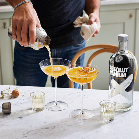 Absolut Vodka Passion Star Martini