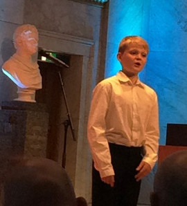 Critical praise for Aksel's performance at award ceremony