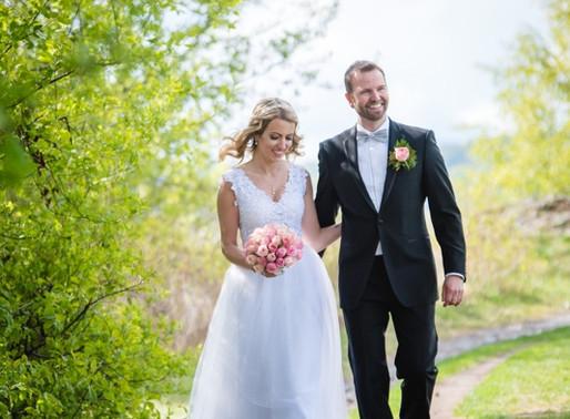 Kundeanmeldelser: Dette sier brudeparene