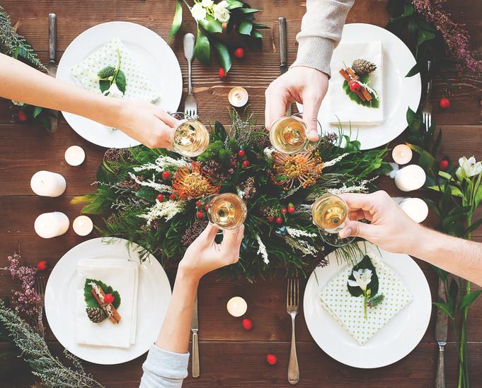 Новогодняя открытка для сети ресторанов Marketplace