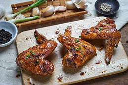 cooked-chicken-wings-UK28SQG.jpg