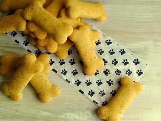 Cani grassottelli? Ecco i biscotti integrali fatti in casa.