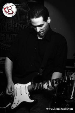 Damian Bonazzoli lead guitar