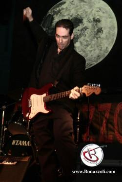 Damian Bonazzoli blues guitar