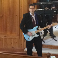 Damian Bonazzoli Guitar Teacher