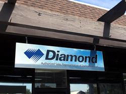 diamond sign
