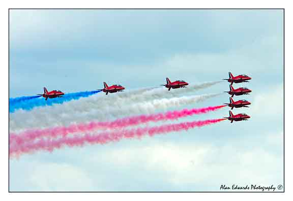 Red Arrows-Air-Show.jpg