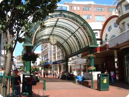 Bournemouth Pendulum arcade