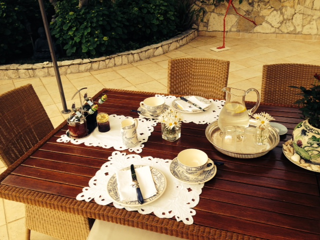 Continental Breakfast Villa Almadria