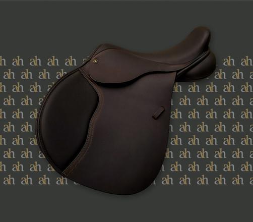 ah-saddles-ebony-jump-2019.jpg