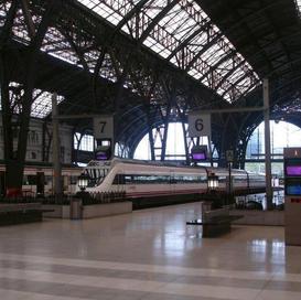 Barcelona train station inside second vi