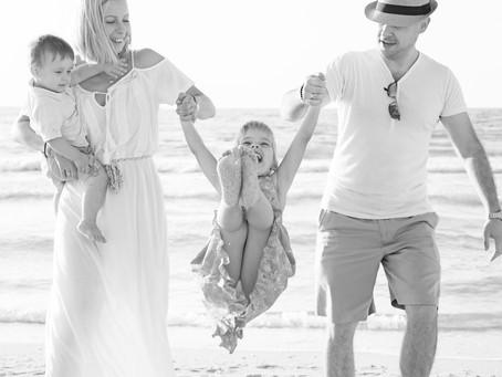 Frolicks By The Sea | Family Photoshoot | Dubai