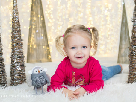 Have Yourself A Merry Little Christmas | Mini Photoshoots | Dubai