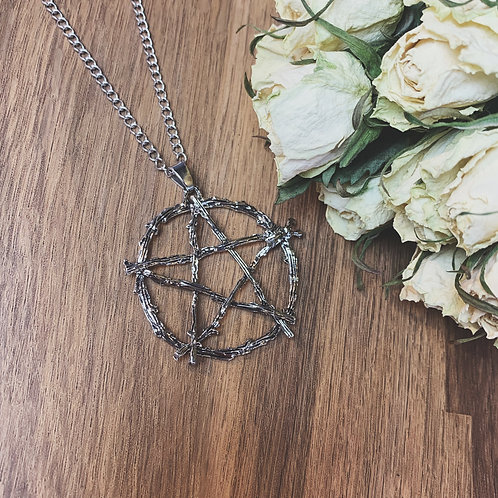 woodland witch necklace