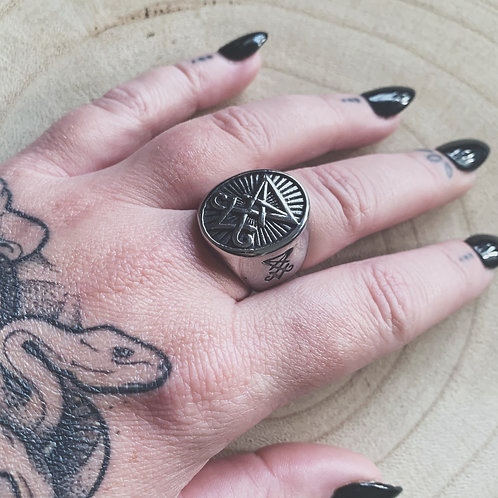 Lucifer ring