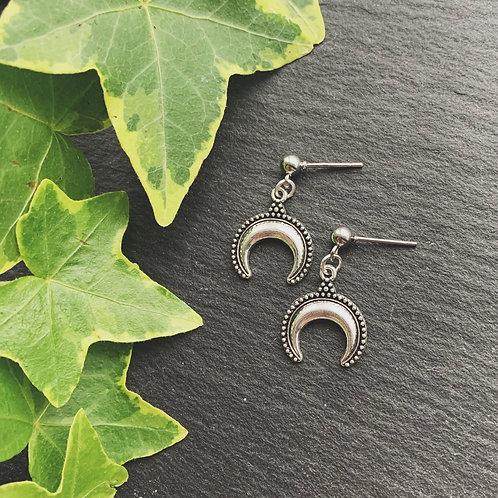 freya moon earrings