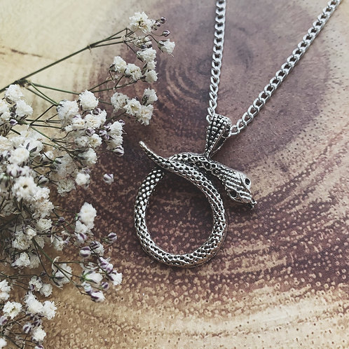 lilith necklace